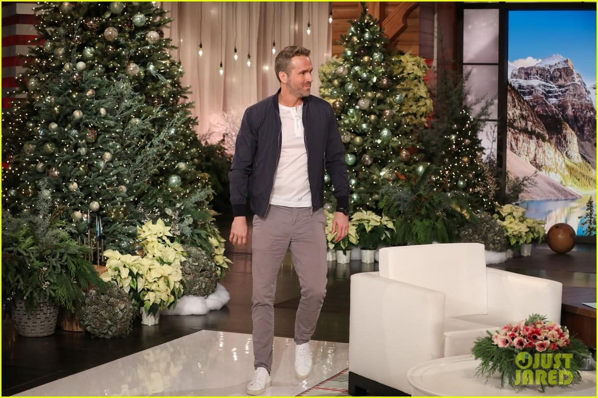Ryan Reynolds Talks Being A Dad with 'Ellen'