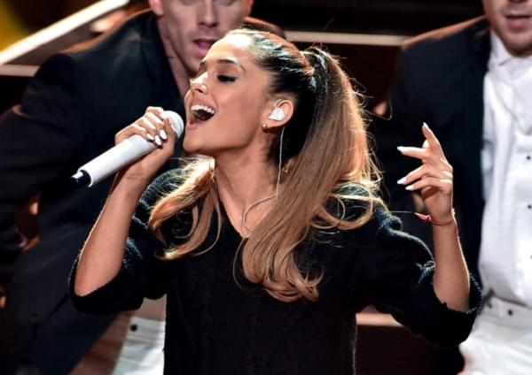 Ariana Grande's Tour Photography Policy Angers News Outlets