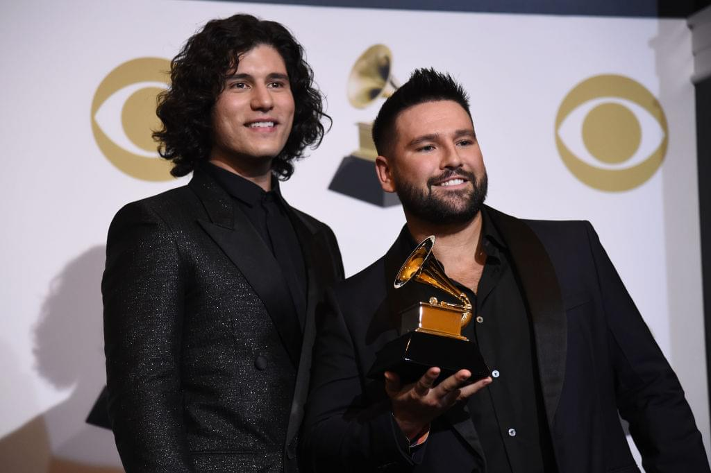 Dan + Shay Perform Speechless At Sophie Turner's And Joe Jonas' Vegas Wedding [WATCH]