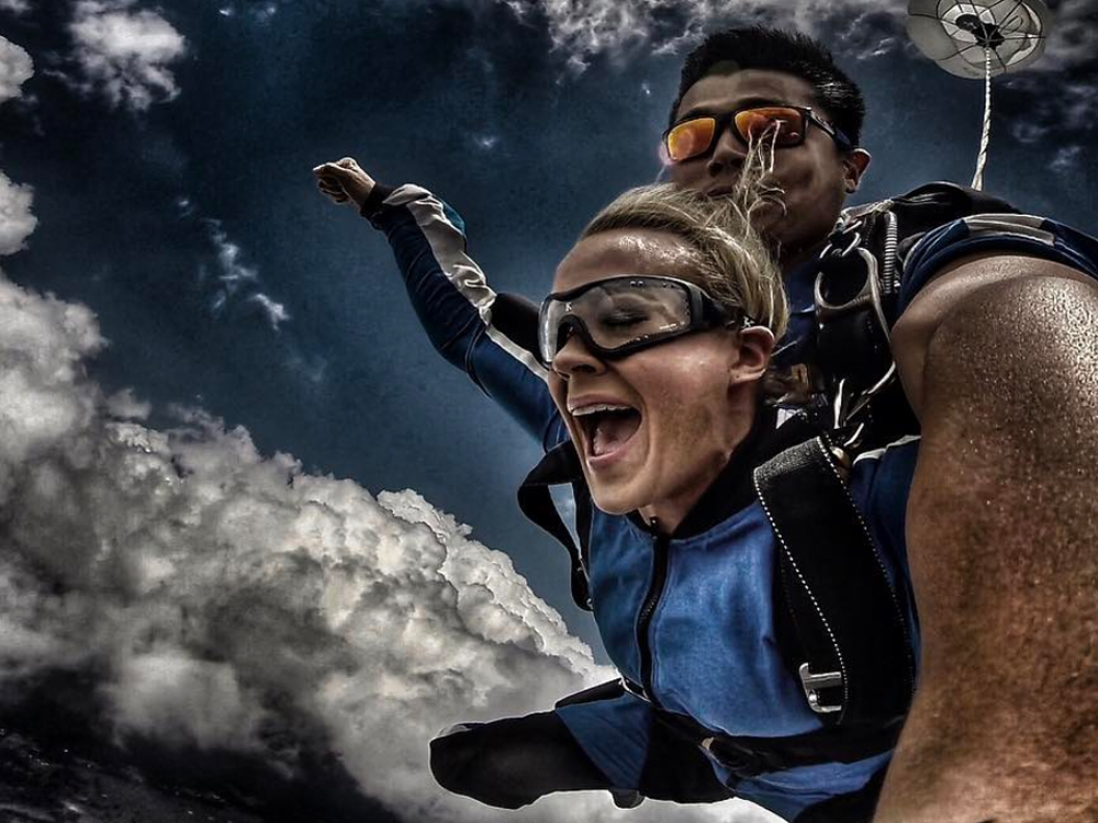 Check Out the Pics & Videos From Carrie Underwood's Down Under Skydiving Adventure