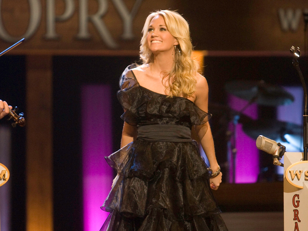 29 Questions With Carrie Underwood [VIDEO]