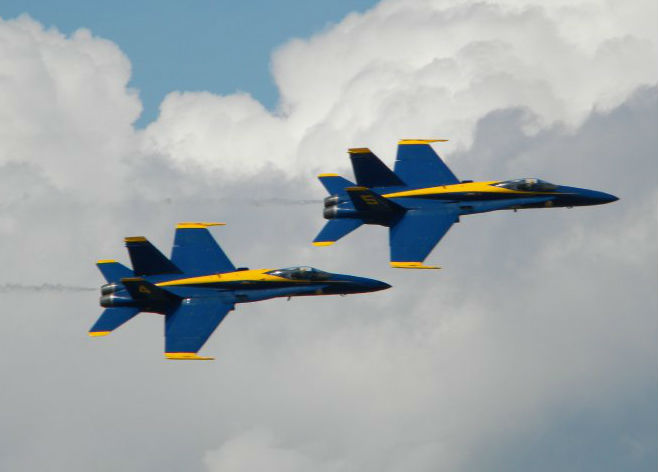 Blue Angel Plane On The Way To Smyrna [VIDEO]