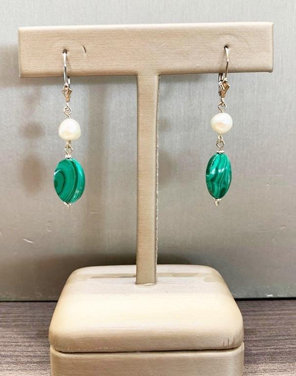 !4k White gold oval malachite &  freshwater pearl dangle earrings -  Hand made by Bopie