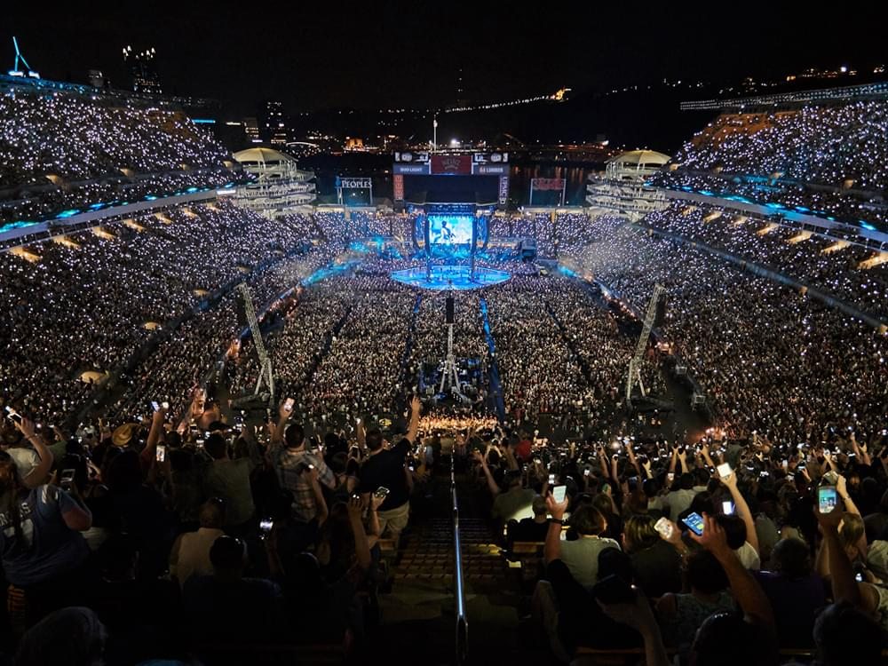 Garth Brooks Performs for 75,000 Fans in Biggest Ticketed Show in Pittsburgh History