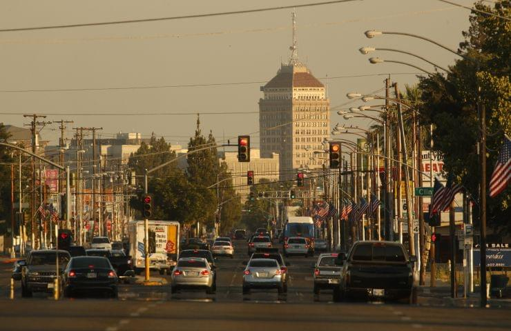 Fresno Council May Dedicate Half a Million Dollars to Immigrant Issues
