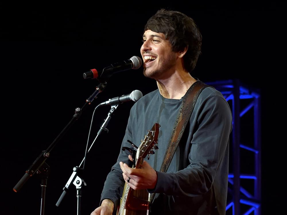 "Watch Morgan Evans Mix ""Day Drunk"" With Dan + Shay's ""Tequila"" for Intoxicating Mash-Up"