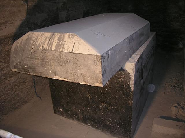Would You Be Brave Enough To Watch A Movie From Inside A Coffin?