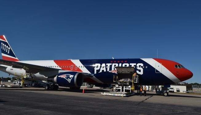 New England Patriots show off customized Boeing 767