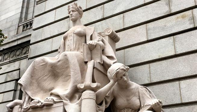 Couple pleads guilty to stealing from federal government
