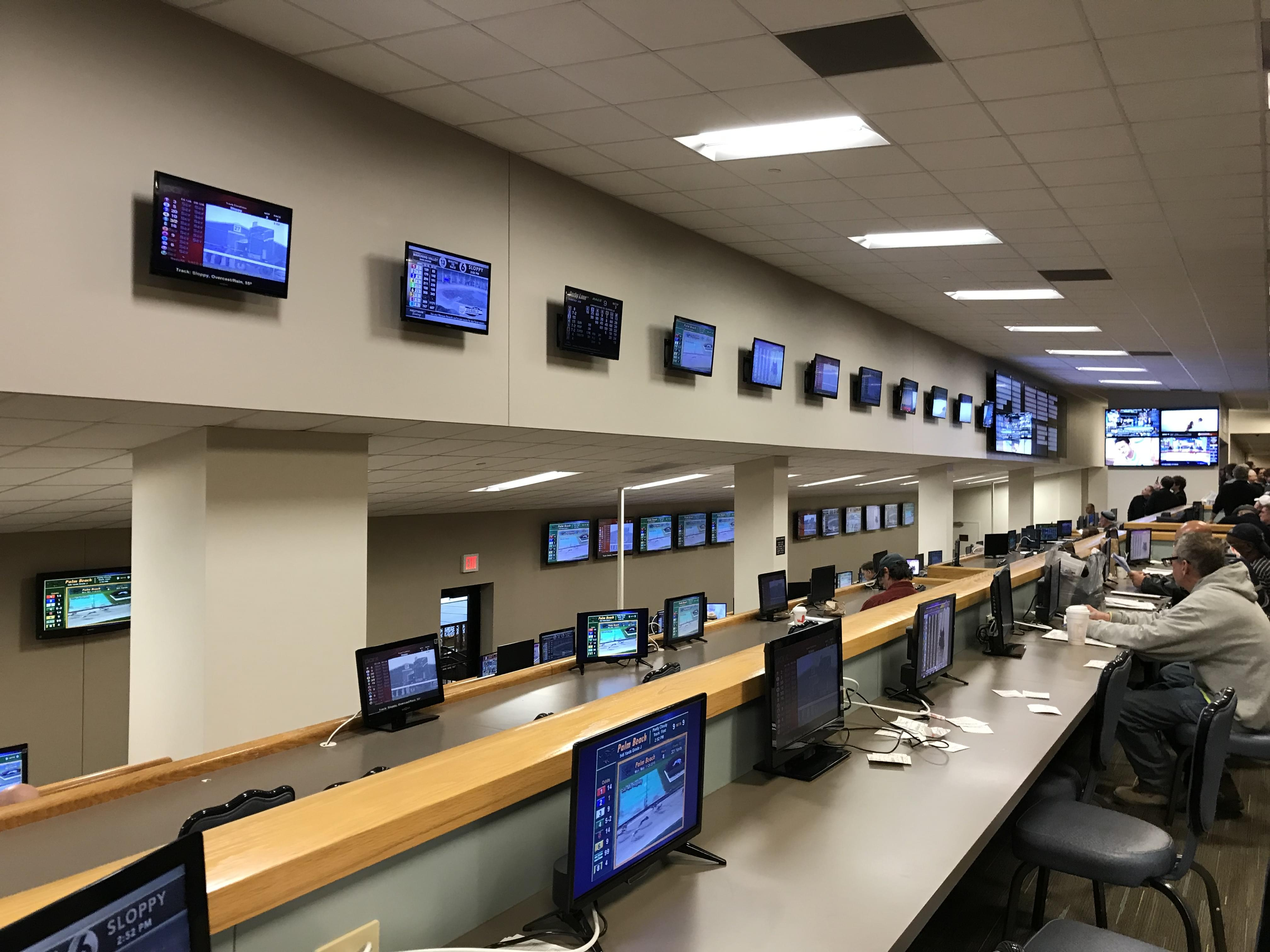 Twin River to extend sports betting hours for March Madness