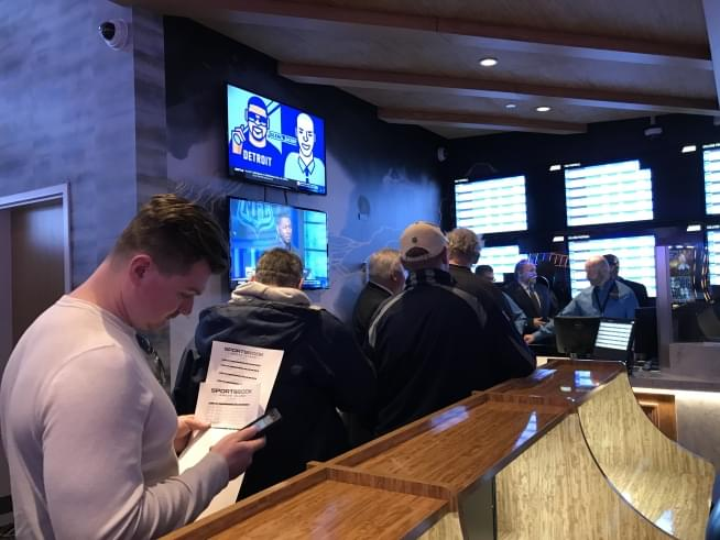 Patriots fans flock to Rhode Island to bet on the Super Bowl