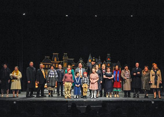 """It's a Wonderful Life"" gets new take at Pawtucket's Community Players"