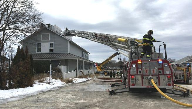 No injuries in lunch hour fire at waterfront restaurant