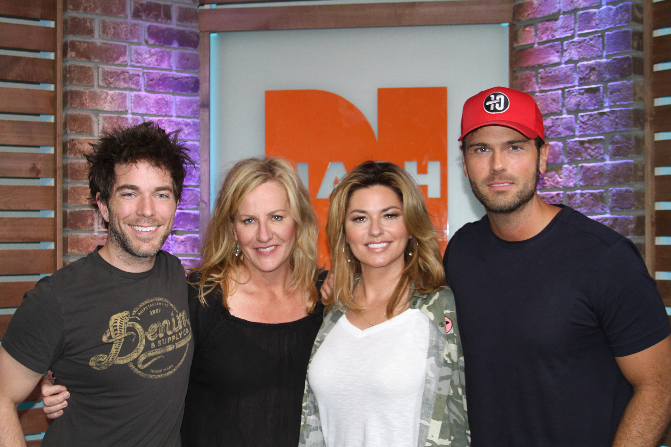 Shania twain reveals new album addresses tour rumors talks new we had the privilege of talking with the one and only shania twain this morning she revealed she will release a new album on september 29 and even talked m4hsunfo