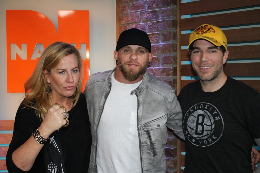 Brantley gilbert reveals heroism campaign to honor waffle house brantley gilbert joined us in studio this morning and its clear kelly ford got ahold of his brass knuckles brantley told us all about how hes doing his m4hsunfo