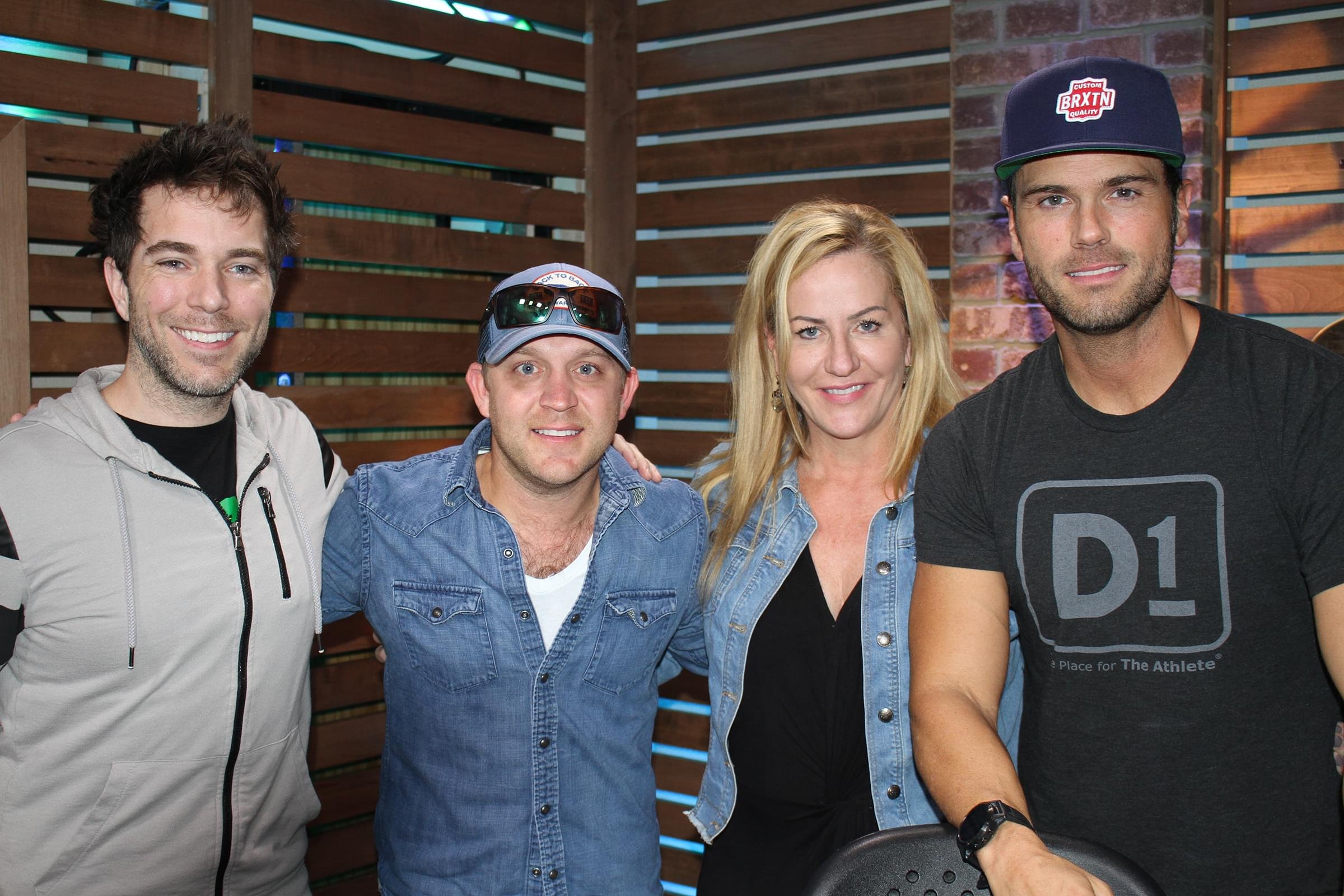 Justin Moore Talks New Music, Wife's New Store, Sports & MORE