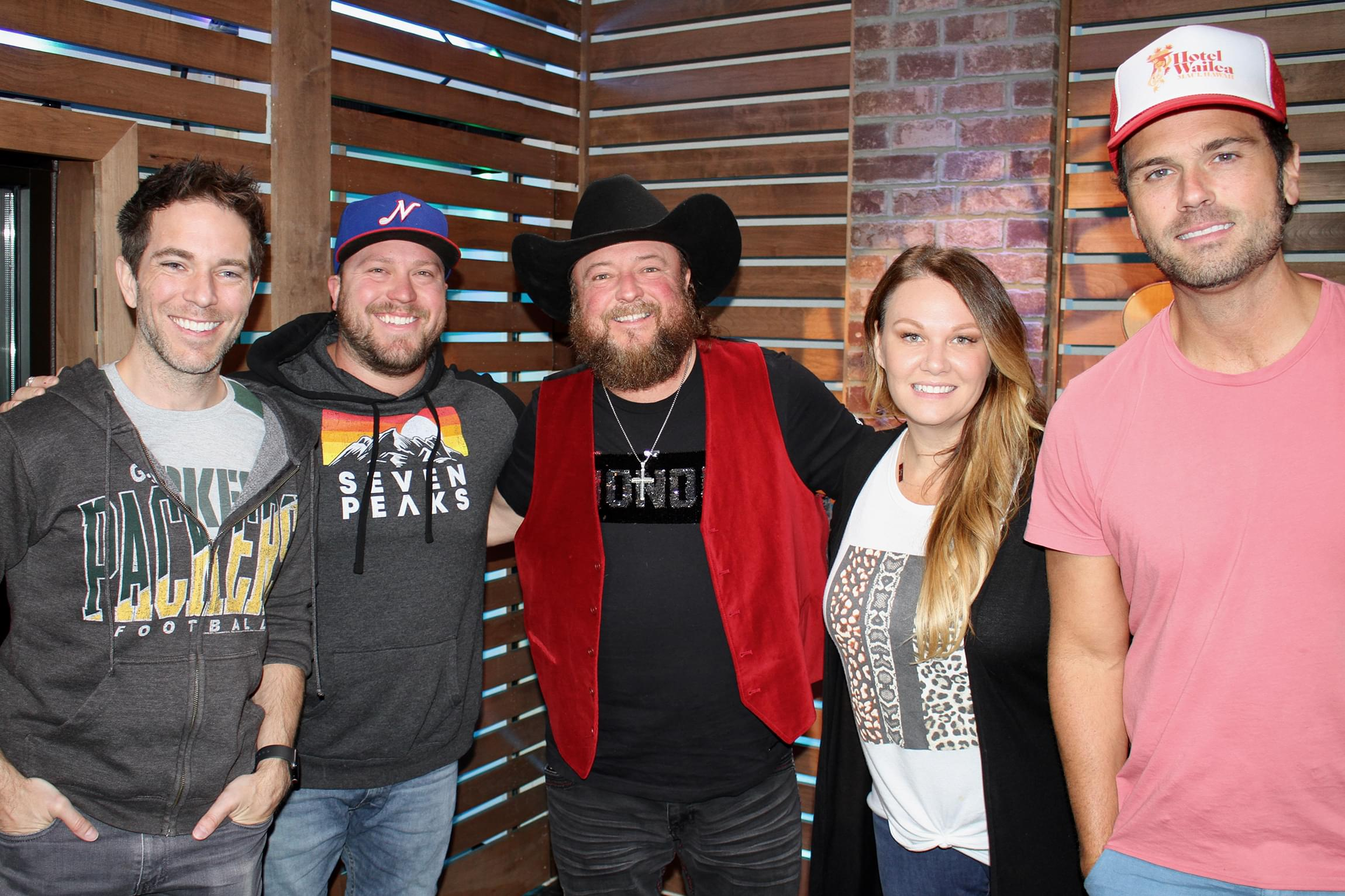 Colt Ford & Mitchell Tenpenny Discuss New Duets, #CarryOrContribute, Chuck's Wedding & MORE