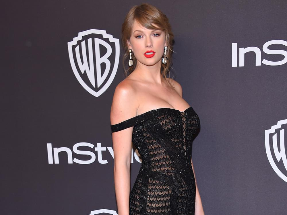 """Taylor Swift to Mentor Contestants on Season 17 of """"The Voice"""""""