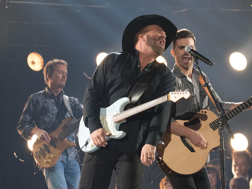 Garth Brooks Announces Stadium Show in Denver