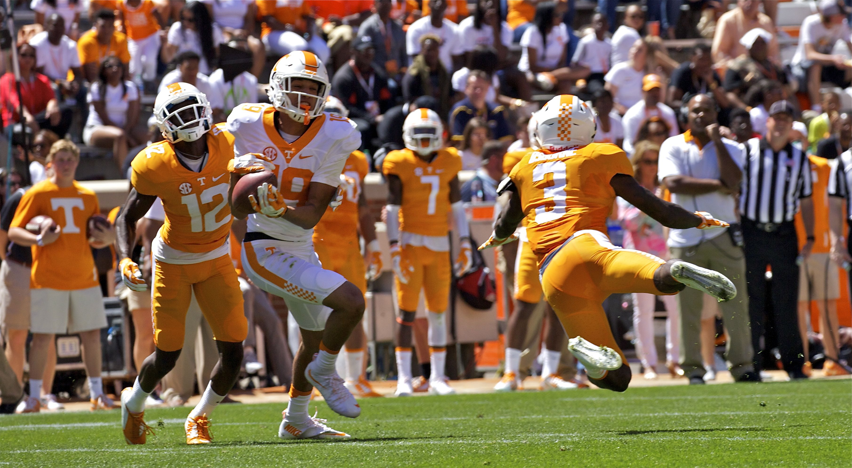 Photo Gallery: Orange and White Game