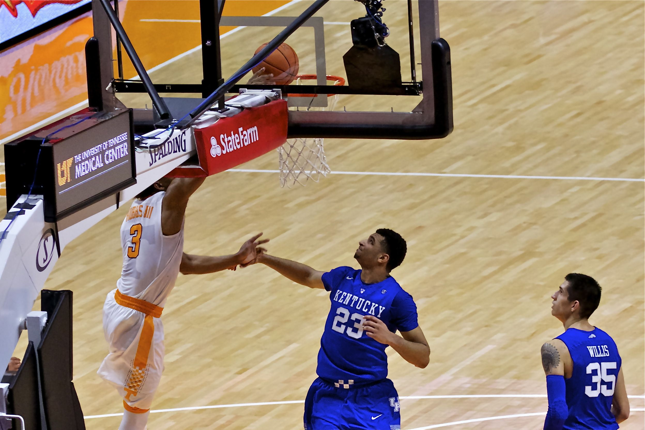 Photo Gallery: Tennessee vs. Kentucky 2-2-16