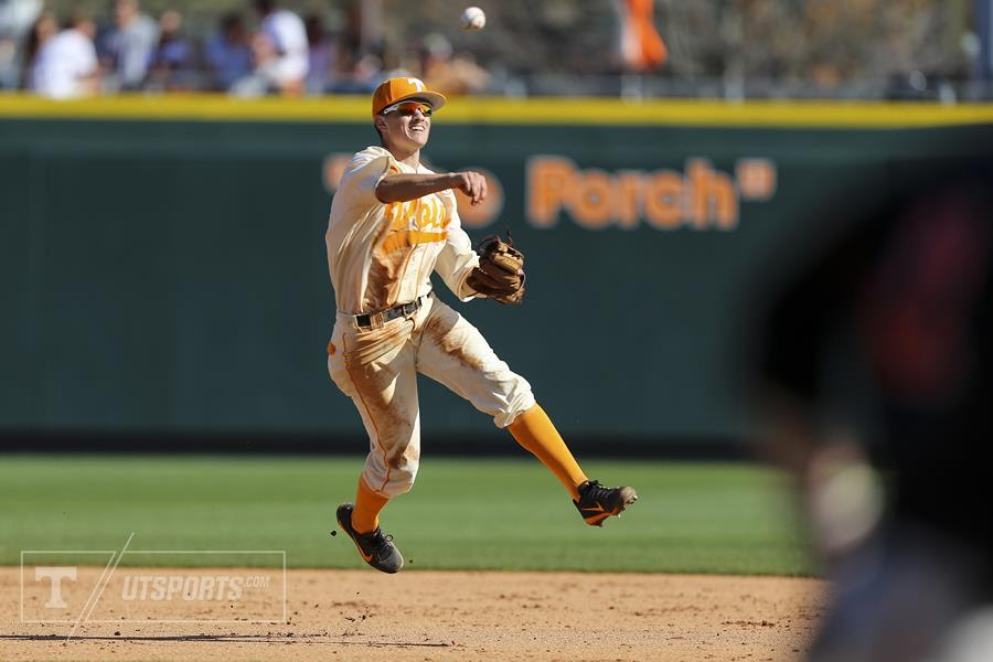 Rodgers Named to ABCA/Rawlings Gold Glove Team