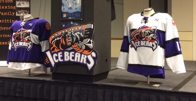 "Silverberg  New Ice Bears coach Carr wants to win ""right now""  fa14280eb1e"