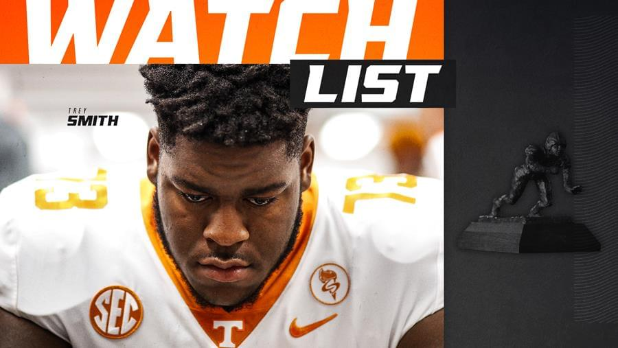 Smith Adds Outland Trophy Watch List Honor To Preseason Haul