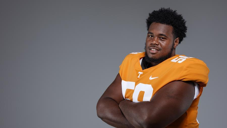 Kennedy, Kirkland Look to Step Up as Vols Move to Full Pads