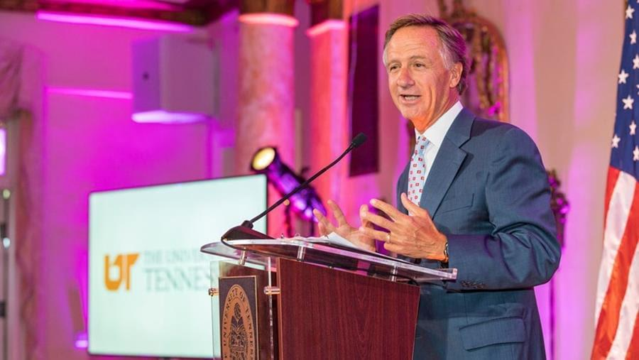 """Governor Haslam Proclaims Oct. 19 """"Big Orange Friday"""" Across the State"""