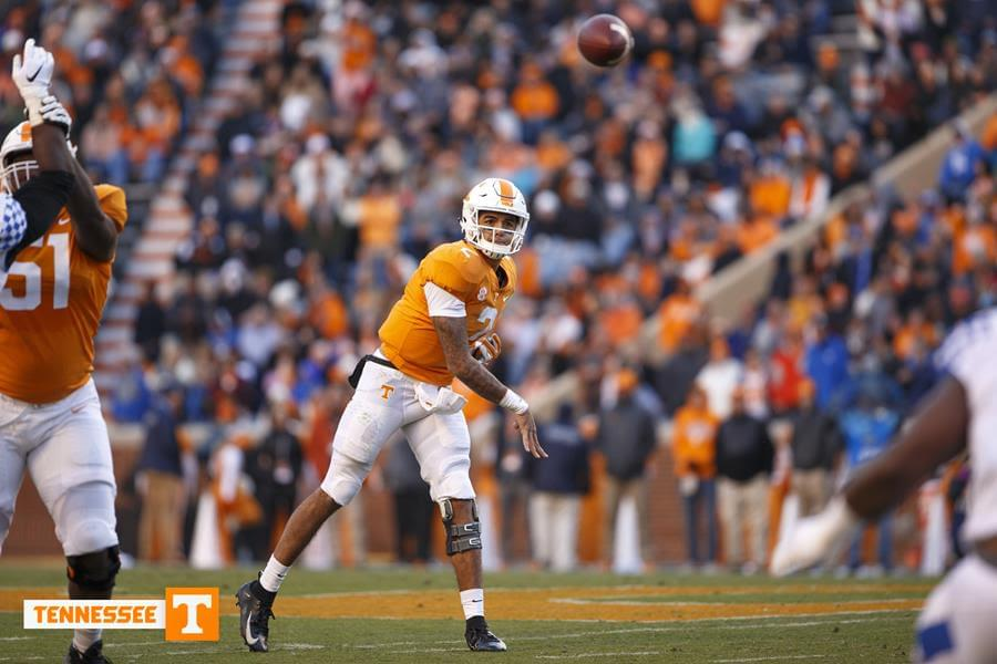 Tennessee Dominates No. 11 Kentucky, 24-7