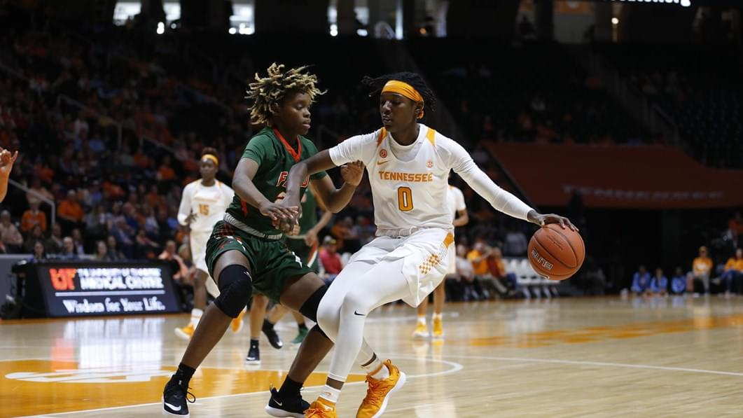 Lady Vols Strike Fast In 96-31 Victory Over Rattlers