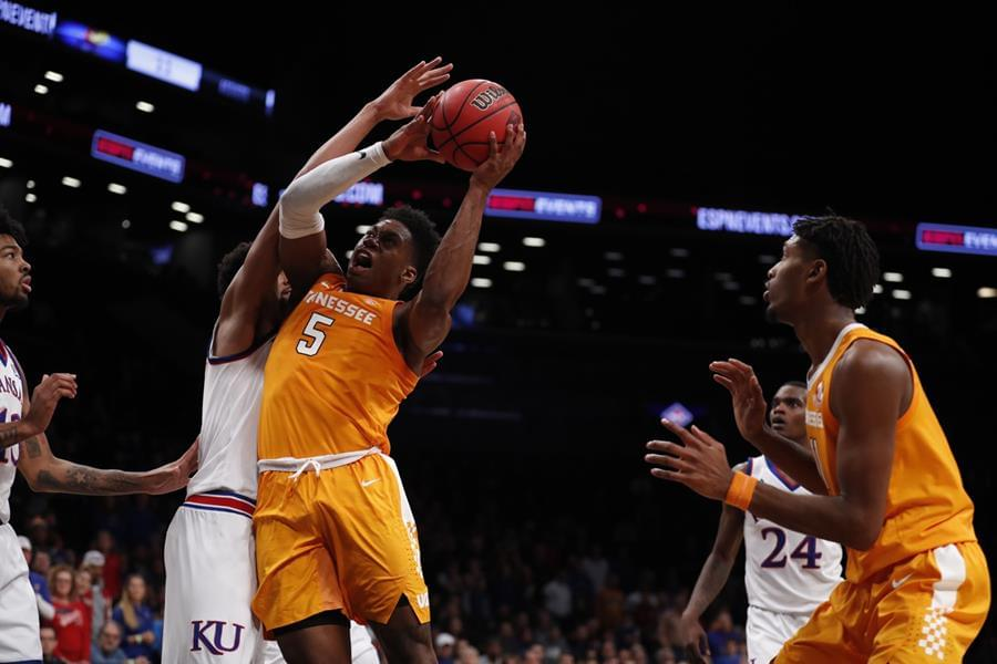 Vols Fall in Overtime to #2 Kansas, 87-81
