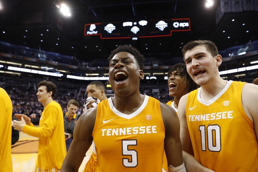 No. 7 Vols Rally to Top No. 1 Gonzaga, 76-73