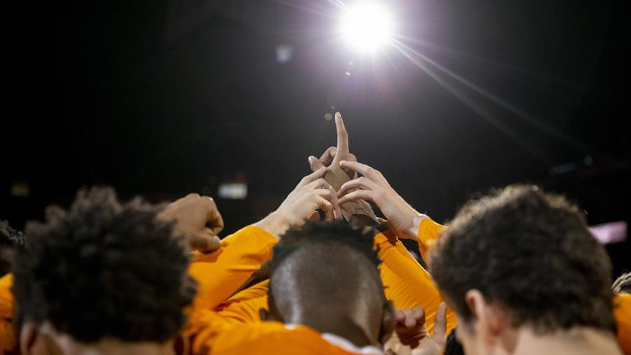 Resilient Effort Led Vols to Victory in the Valley of the Sun