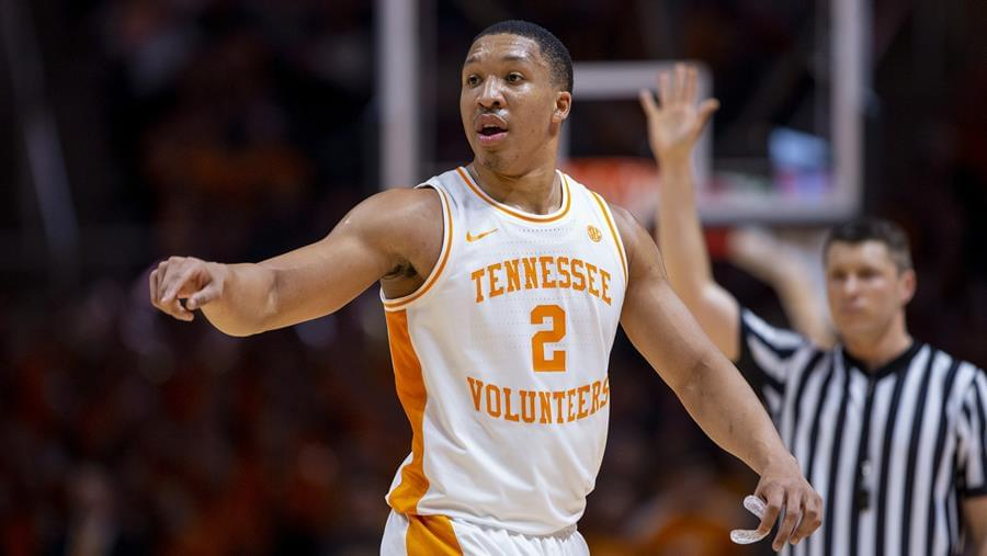 No. 3 Tennessee Grabs 78-67 Road Win over Florida