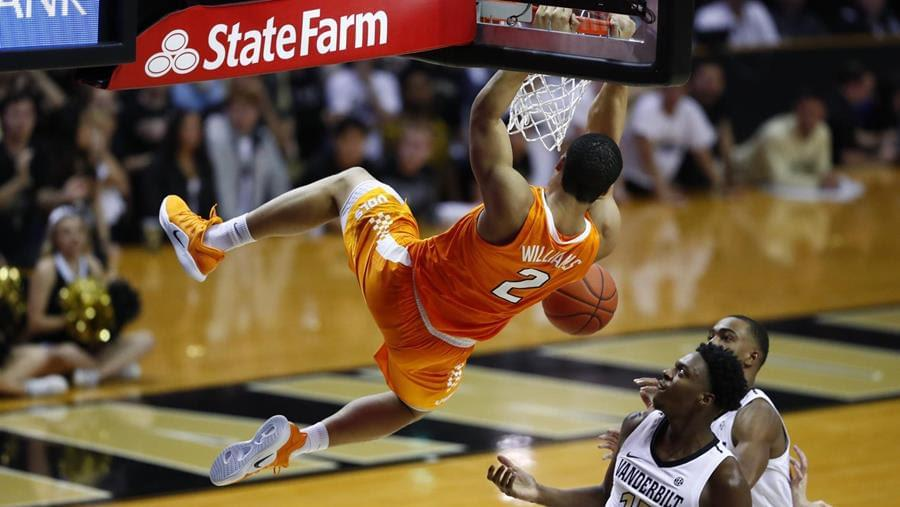 Williams' Record Performance Leads No. 1 Tennessee to 88-83 Win at Vanderbilt