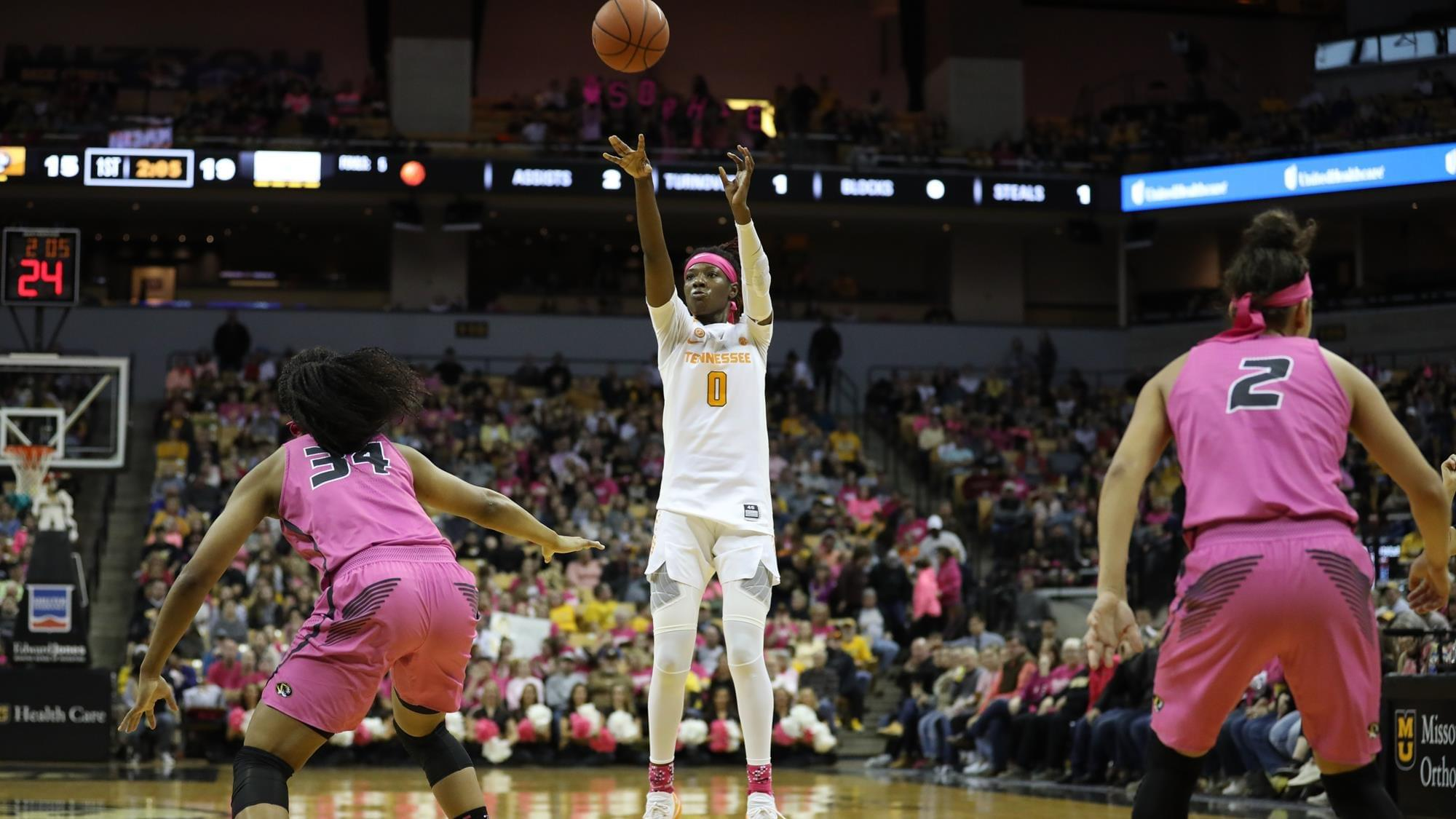 Lady Vols Earn Gritty Win Over Mizzou, 62-60
