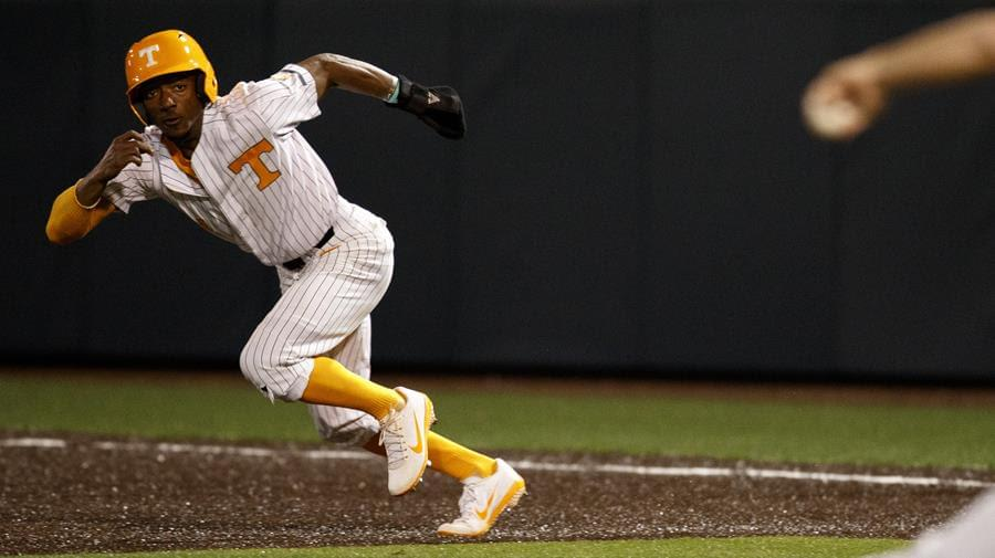 Stallings Shines, Errors Cost Vols in SEC Opener at No. 15 Auburn