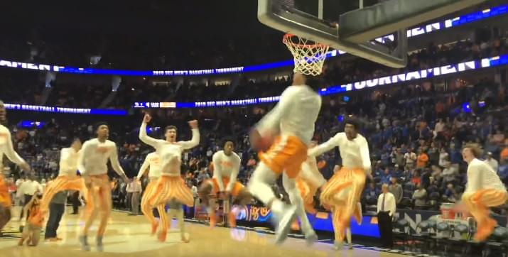 Video: UT/UK pregame – One Fly, We All Fly
