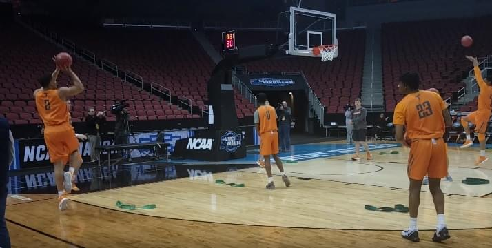 Video: Watch UT practice in Louisville before Purdue game