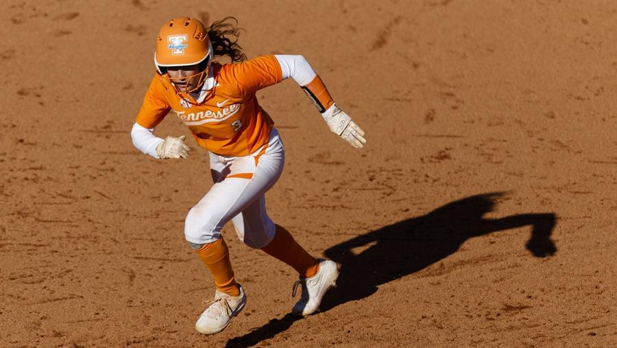No. 5/6 Lady Vols Use Pitching, Two Doubles to Split Series with Mizzou