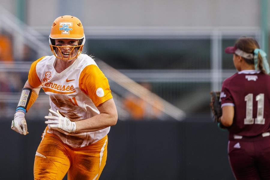 No. 9/8 Tennessee Shuts Out Mississippi State, 4-0, in Series Opener