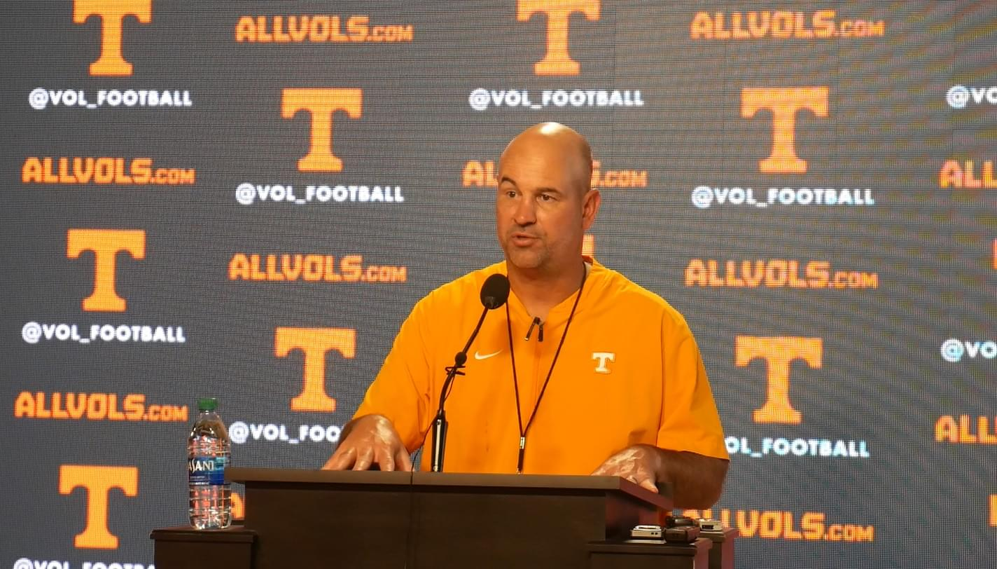 """Video: Pruitt on Bituli's knee procedure """"He'll be out anywhere probably between 10 and 17 days. He'll possibly be ready by next week."""""""