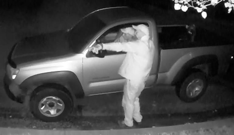 KPD searching for two construction site thieves