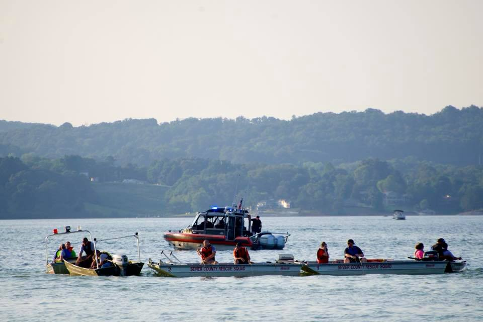 Search for Drowning Victim on Douglas Lake