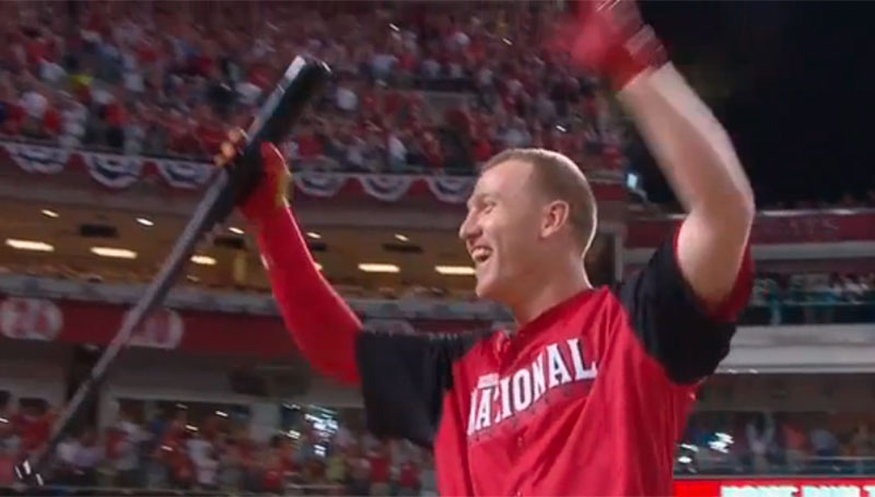 Frazier thrills hometown fans, wins 2015 HR Derby