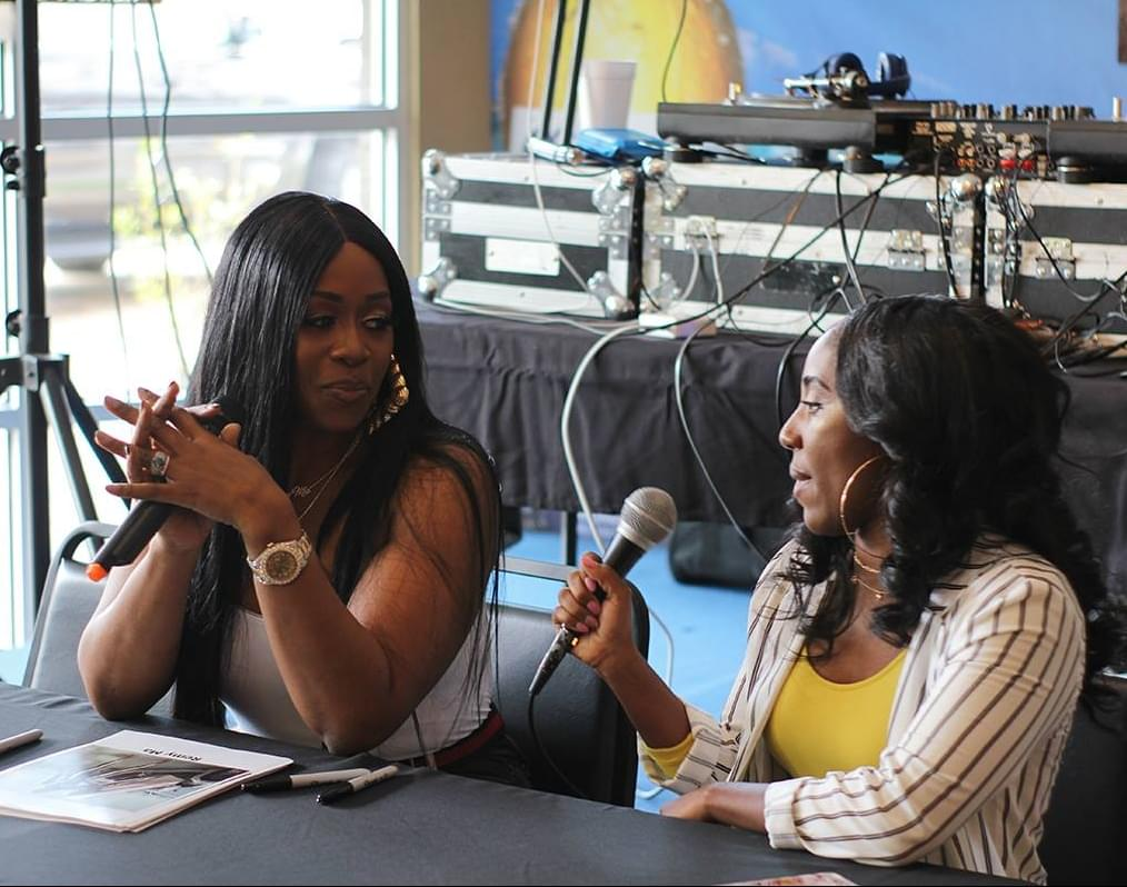 Remy Ma Meet and Greet Photo Gallery (Download Your Picture With Remy Ma)