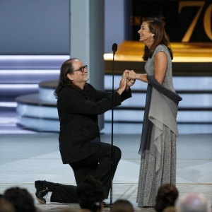 Video Of Emmy Winner Proposing To His Girlfriend During Acceptance Speech!