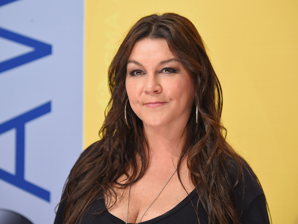"""Gretchen Wilson Plans Her Comeback With """"Rowdy"""" New Single"""
